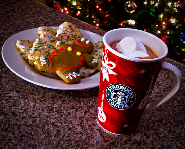 Starbucks Christmas Wallpaper Tech roundup of the week - dec. 5, 2010 ...