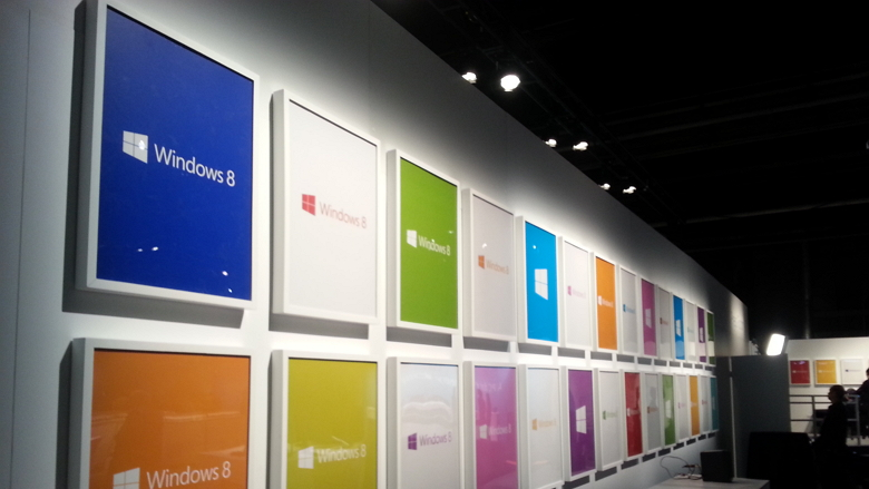 Windows 8 logo colored wall frame