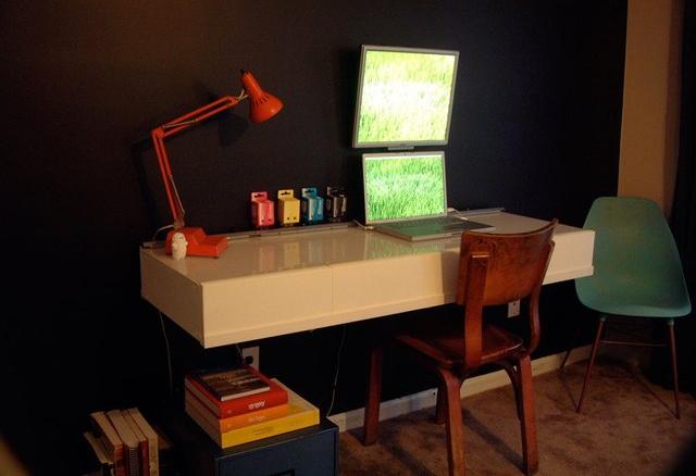 DIY x-ray computer desk idea