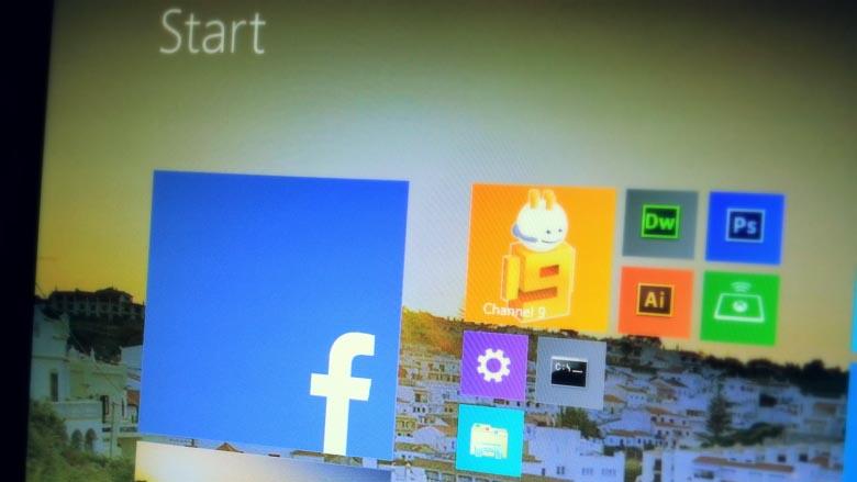 Official Facebook app for Windows 8.1