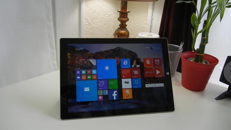 Surface Pro 3 on desk