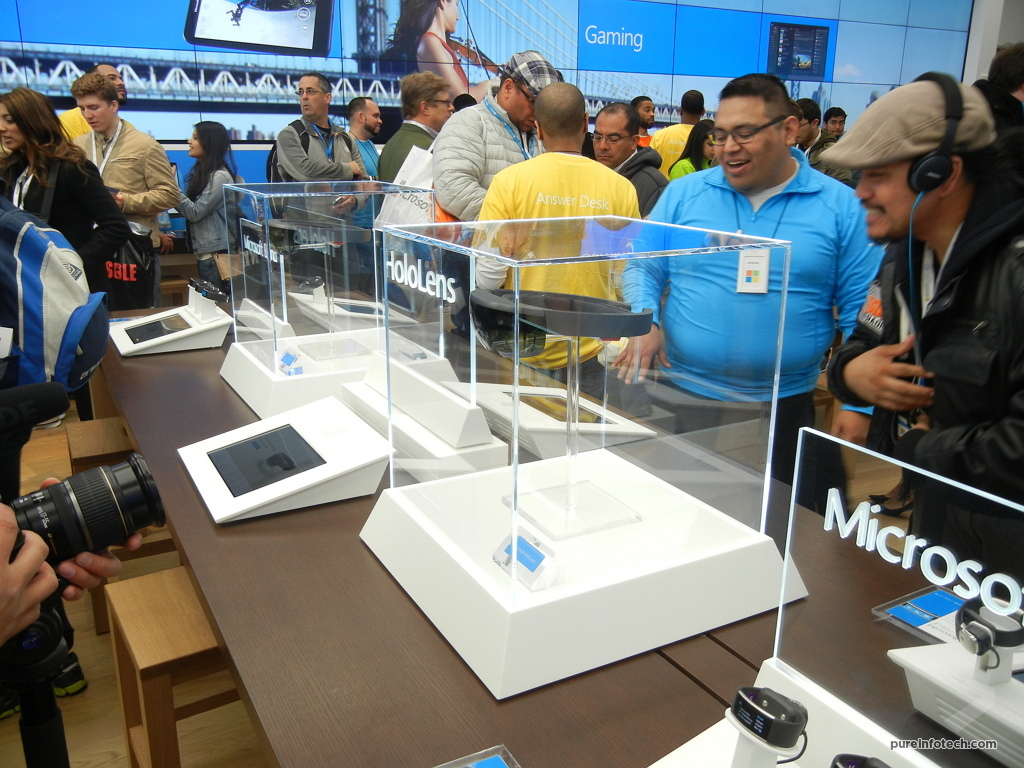 HoloLens at the Microsoft Store NYC