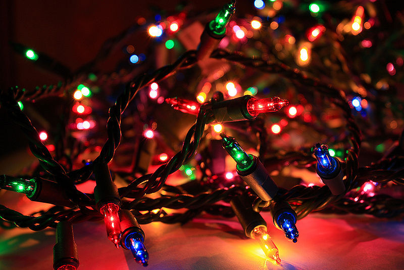 Slow Wi-Fi connection during the holiday? Christmas lights may be ...