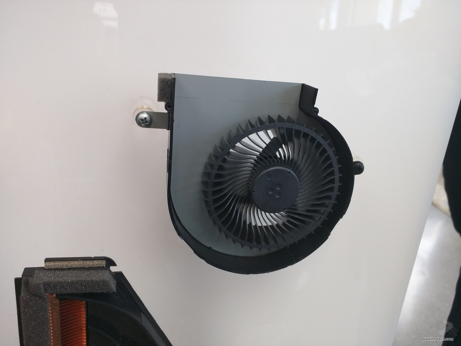 2-surface-studio-cooling-fan-1