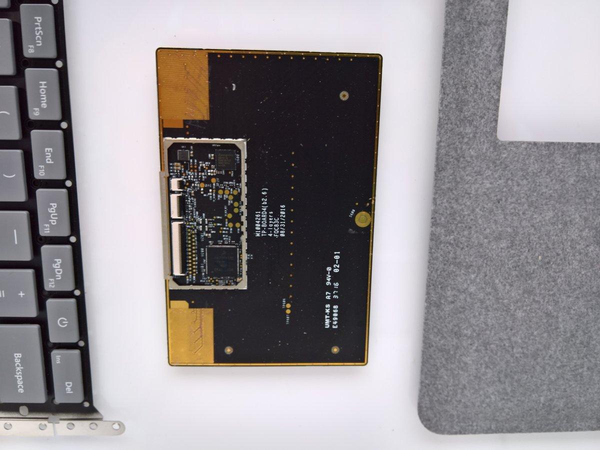 surface-laptop-internals_13