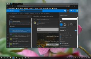 Outlook.com with dark mode enabled