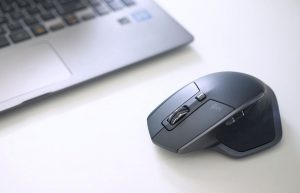 Mouse with wireless receiver and Bluetooth